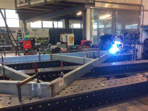 Valenta Metall - EIngangskristall Produktion