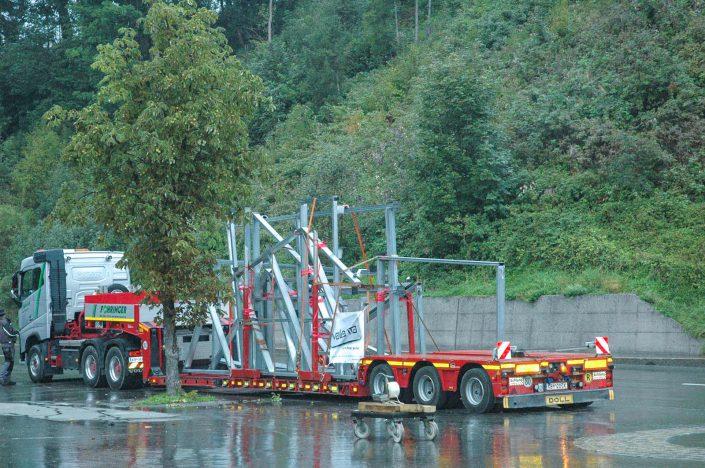 """Valenta Metall: Projekt """"EIngangskristall"""" Transport"""